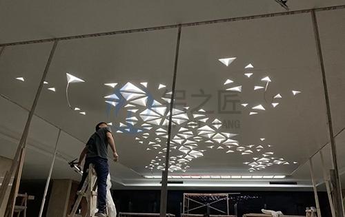 吊顶雕花铝单板