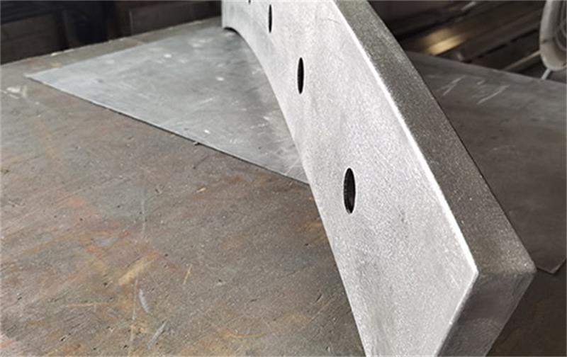 弧形铝单板组合造型